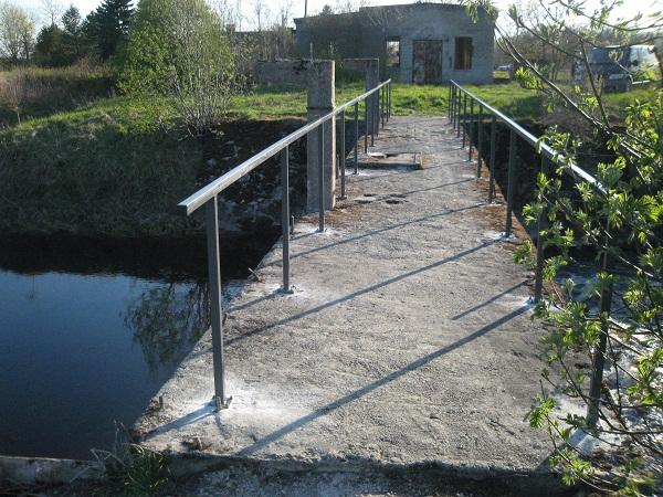 """""""Bassu sild"""" sai uued käsipuud / 10.05.2012"""