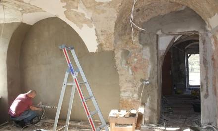 Kostivere mõisas jätkuvad restaureerimistööd